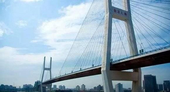 上海黄浦江上第13座越江大桥即将主塔施工 前12座你可