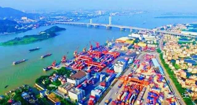 长江13大港口城市江苏占了6个,湖北仅1城入列,五虎之一安庆落选
