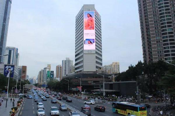 户外led大屏广告投放静态画面好还是投放动态视频画面图片