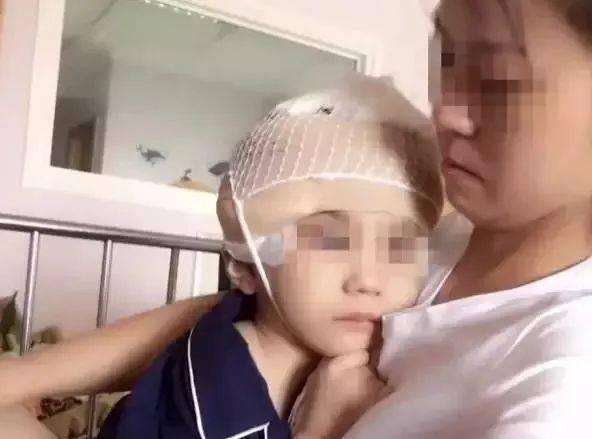 7岁女童离世,生前遭继母百般虐待!图片