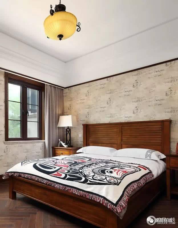 朴素,到灰底蓝花的清雅,给人一份生活的优致;美式新古典床头柜上的