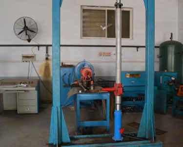 气动架柱式钻机厂家讲解气动架柱式钻机的结构介绍图片