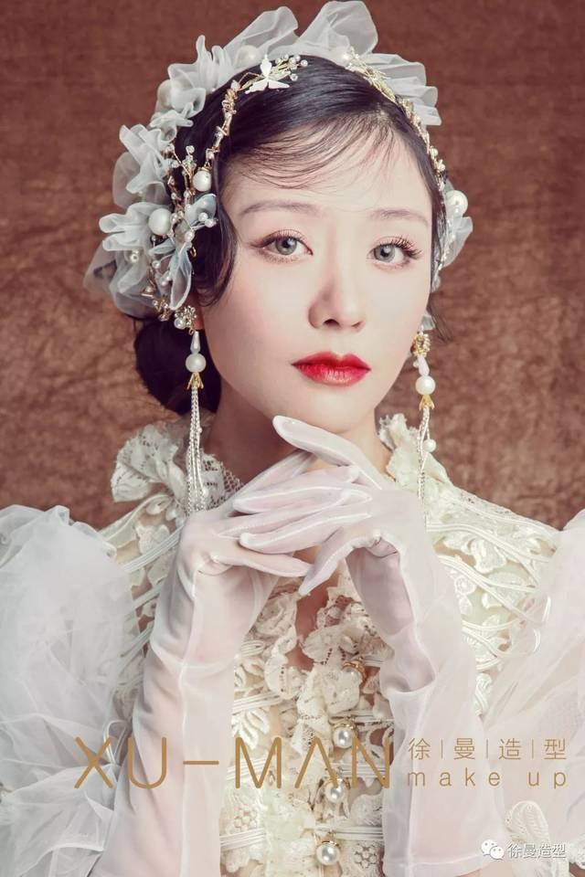 2018最新唯美新娘造型分享,风格多样,喜欢就收藏转发哦!图片