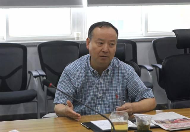 东风鸿泰学习贯彻东风公司第九次党代会精神