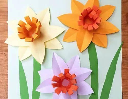 幼儿园手工——卡纸做成立体花朵,美观又新颖(附教程)