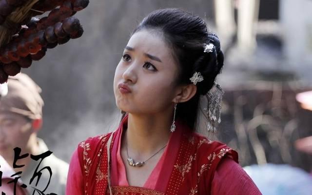两人同演《追鱼传奇》,赵丽颖红成一线,而她退出娱乐圈美丽乡村电视剧朱之文图片