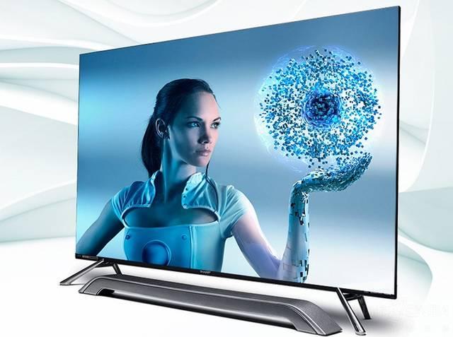 效果惊艳的4k大屏电视:正面采用视觉无边框设计,加上硬派俊朗的边角设