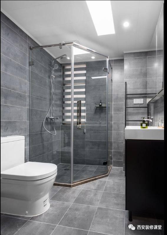 卫生间灰色瓷砖搭配,定制浴柜,角落淋浴房设置