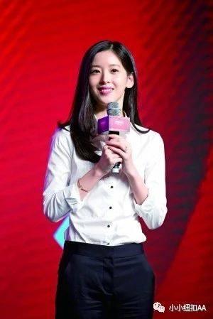 刘强东章泽天素颜逛超市被认出,被赞美美哒,期间还与小粉丝合照