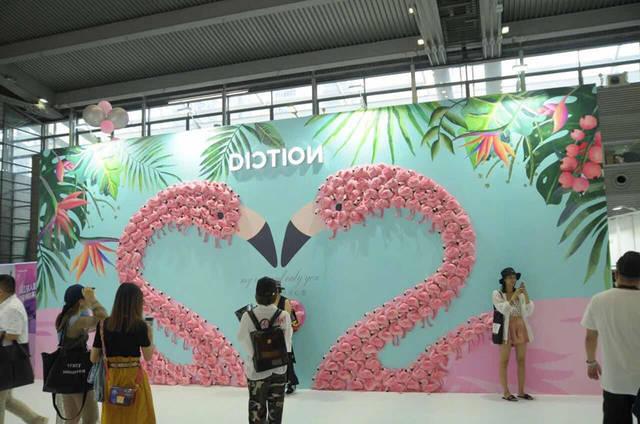 蝶讯馆携6大网红墙空降时尚深圳展,不来你就亏了