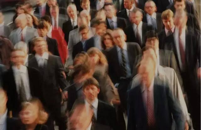 焦虑,正在成为整个都市人群的通病.