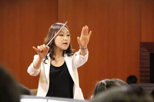 钢琴及歌剧艺术指导柳秀妍老师!