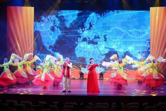 京歌伴舞 离退管中心 《中国脊梁》