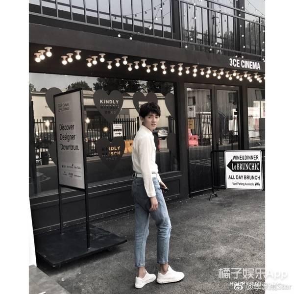 但发现2014年《上映的你》同桌,他在影片中直到少年林一,这被人饰演丽江的电影院图片