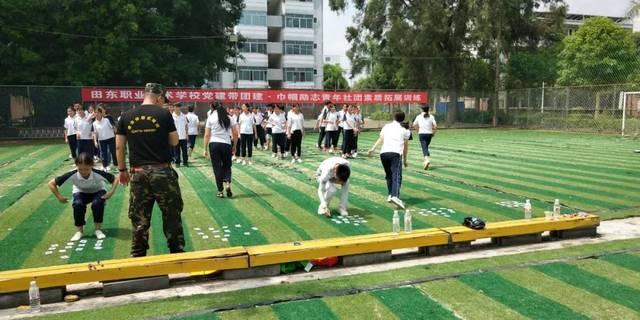 贵港军事训练营火热报名中今年暑假让孩子这样度过才有意义!