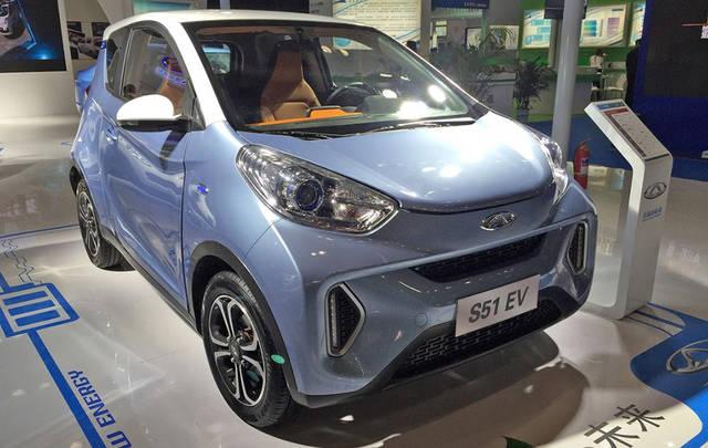 """奇瑞eq1定位为微型电动车,但在外观设计上显得比较""""壮硕"""",不存在廉价"""