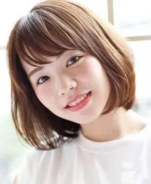 圆脸适合的发型:齐脸学生头图片