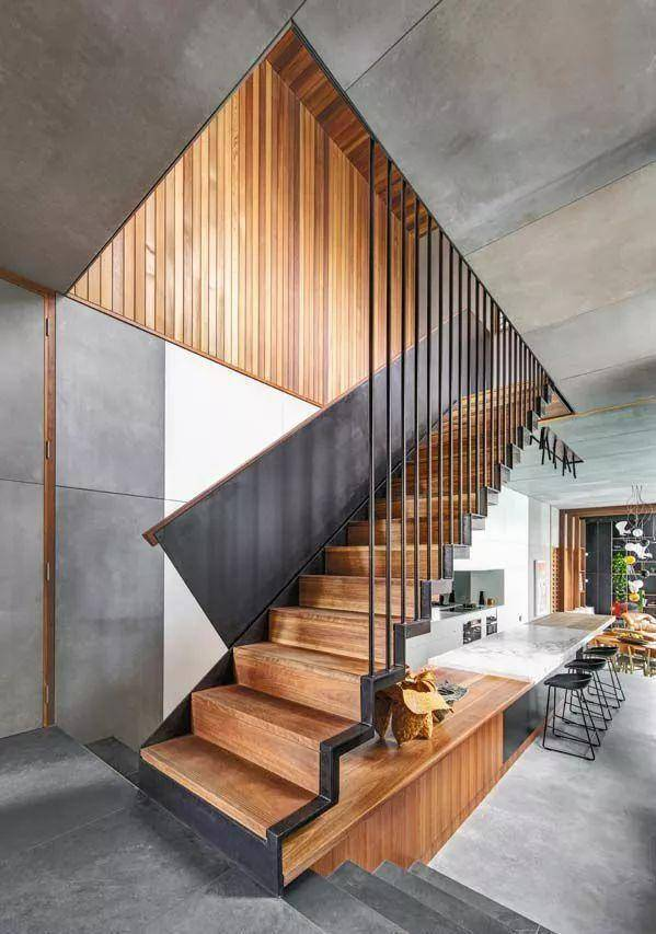 楼梯设计也一样,也可以用极简的设计来表达纯粹的功能,看看下方的简约