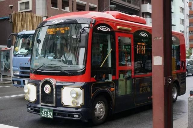 日本男子6.5万元买公交车停家门口