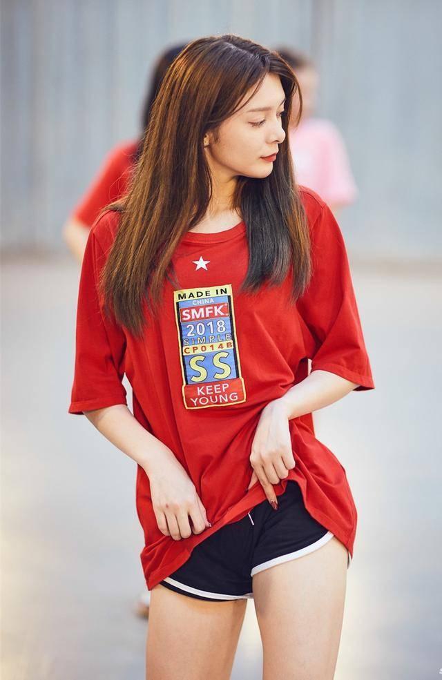 《火箭少女101》最新排练花絮照曝光,60张照片幕后真实梦想女孩!