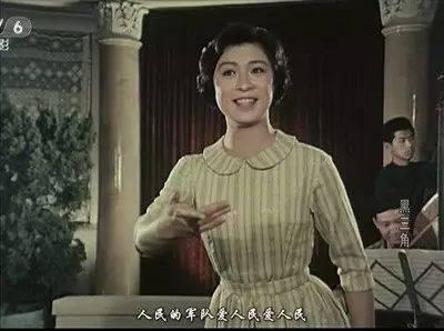 1980年精灵《电影》国语小花2-电影版-旅社图片