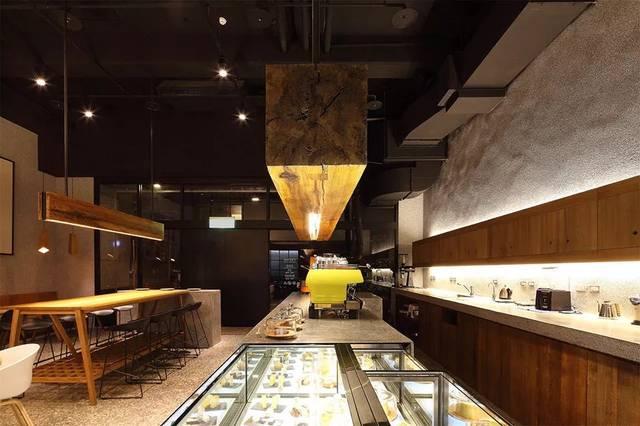 焙源道的店面是一个比较大的餐饮空间,共有三层.图片