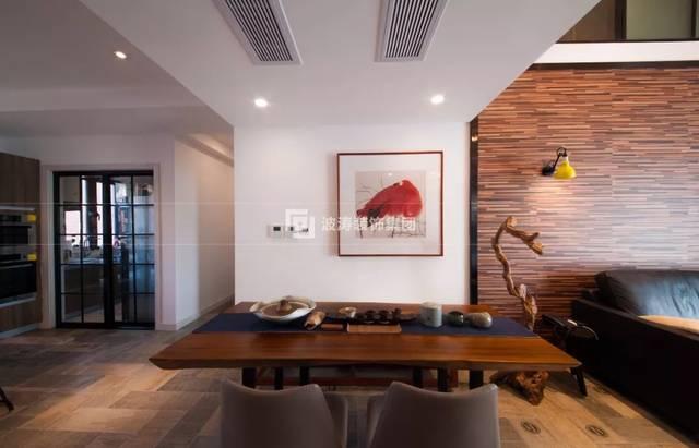 木板上墙的背景墙设计别出心裁, 木质的自然纹理和温润的特质, 让人图片