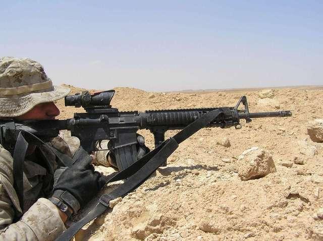 m16步枪是全自动还是只能三连发