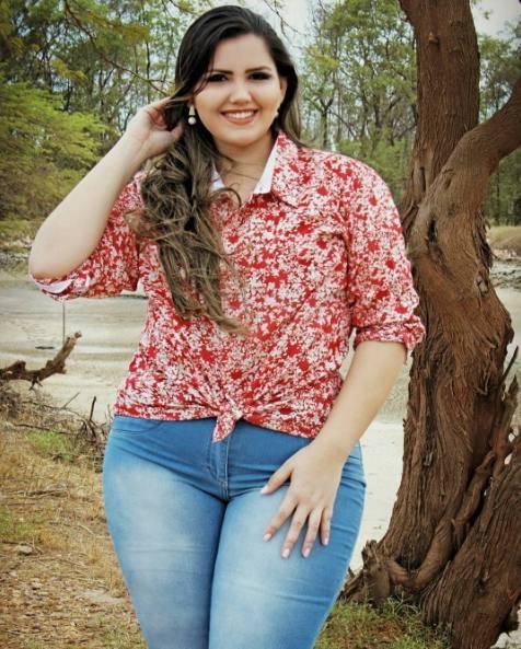 体重超过200斤,闺蜜圈中唯独她是最胖,却是最美!