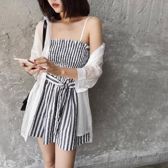 套装女夏2018新款时尚潮 韩版休闲小清新衬衫吊带上衣短裤三件套