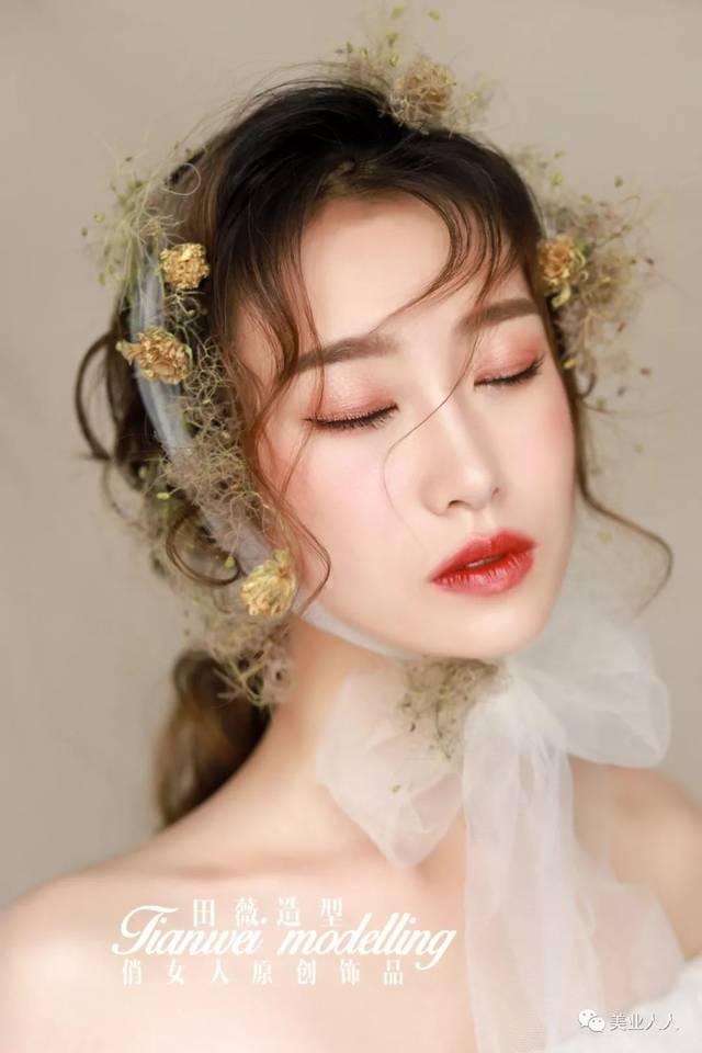无鲜花不森系,实用鲜花新娘造型图片