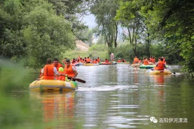 伊河漂流景区由森林漂流和海啸大世界两大项目组成,漂流项目全程长4图片