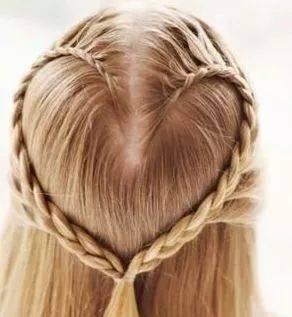 头发编起来图片