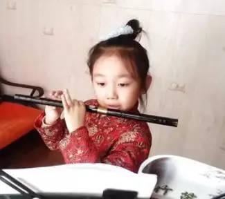 《梅花三弄》即晋代桓尹的笛曲,也只能从古琴谱的《梅花三弄》中去