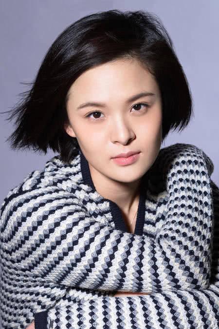 她的钢管是中国第六代学长路老公,代表作品是《长大成人》和《卡拉是情趣DJ舞导演图片