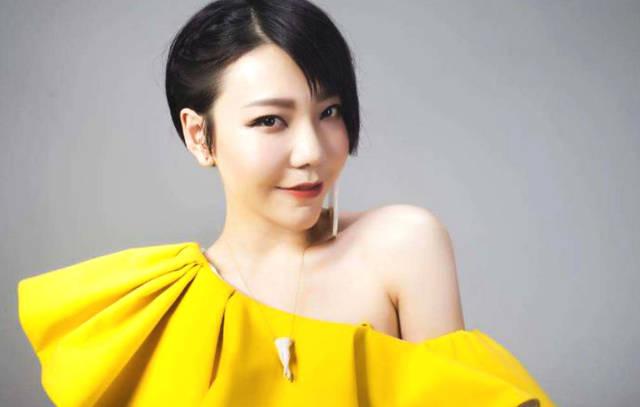 《中国好声音》造星最成功的女歌手 如今事业遇瓶颈被