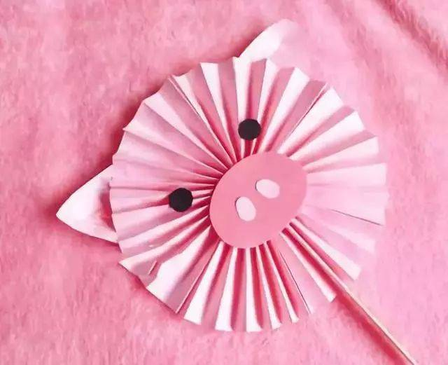 趣味手工折纸 粉红小猪扇子图片