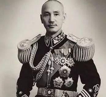 蒋介石为何拒绝苏联帮他:不想当吴三桂