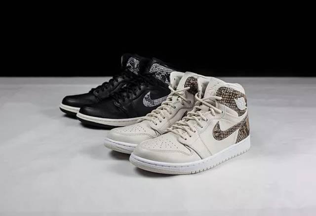 005d2f69220040009d5aa552ffeeb6e2 - 黑蛇 + 白蛇實物開箱!這兩雙 Air Jordan 1 新品是近