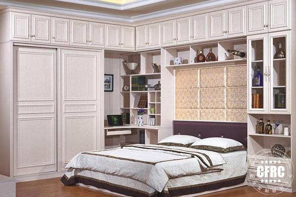 主卧室l型衣柜效果图