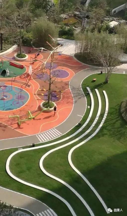 """小区儿童游乐场,停车位以及休闲广场,都可以""""秒变""""消防登高面.图片"""