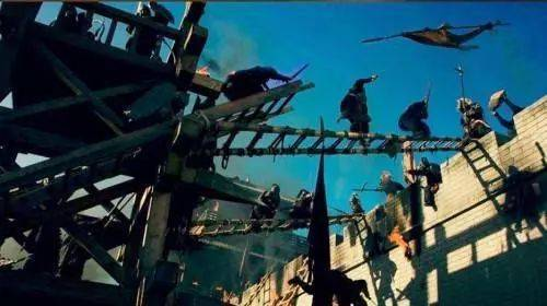 古代攻城,为何守城一方不将攻城的梯子推倒?因为鲁班