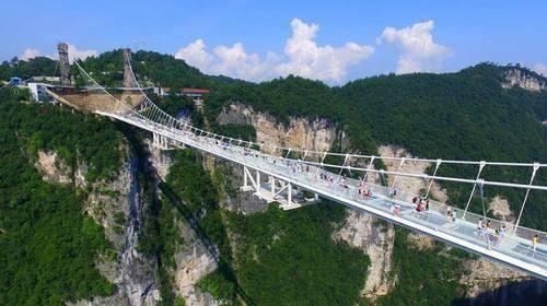 国内最高蹦极_目前中国也有许多蹦极的场所,但是你知道我国最高的蹦极在哪吗?
