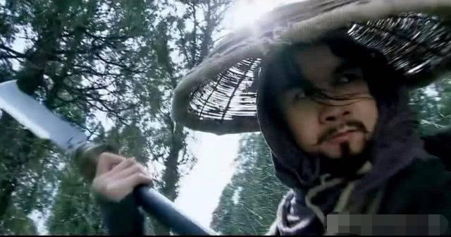 林冲斗杨志为什么用刀不用枪?图片