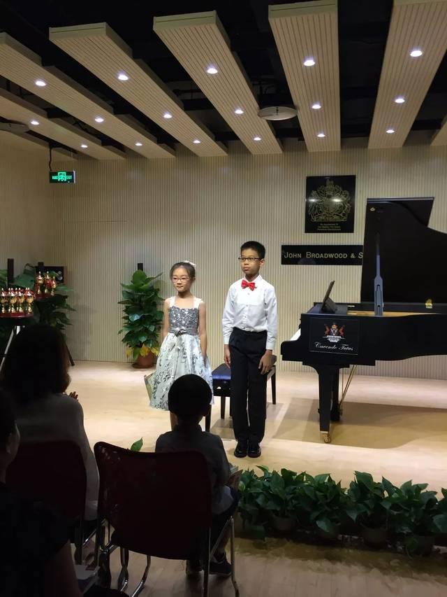 休息曲钢琴简谱