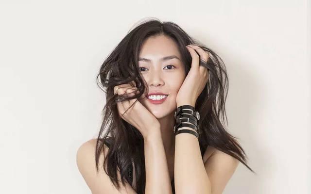 模特刘雯头像图片