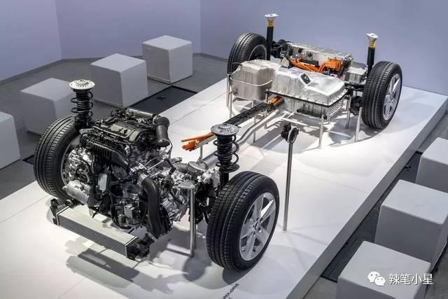 x1 xdrive25le作为宝马的首款ukl横置发动机平台插电式混合动力车型