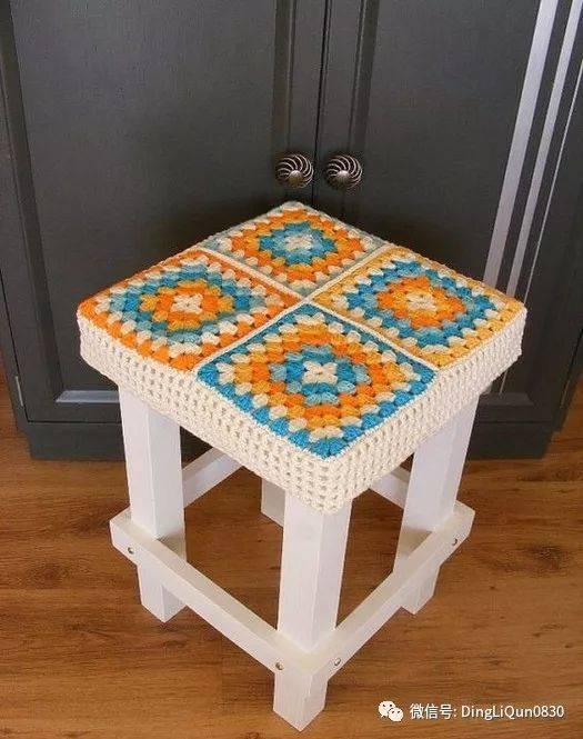 【编织作品】边角装饰,小屋子,凳子外套等精美作品欣赏