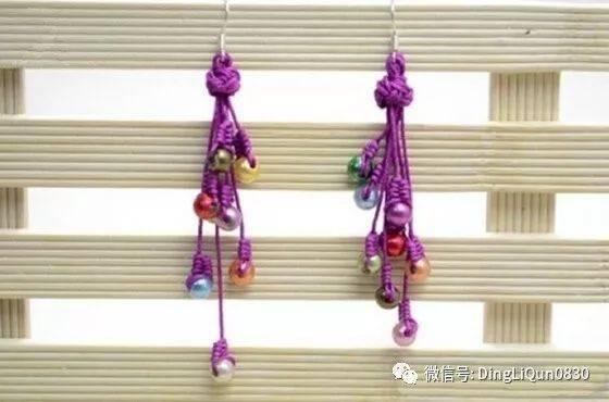 中国风的小饰物在这喜庆的日子里,用来搭配喜气洋洋的衣服尤其合适.