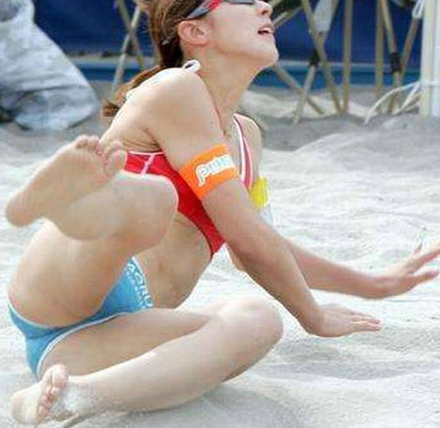 全裸体亚洲美女摄影_日本最性感排球美女,摄影师无时无刻不在拍摄她的美丽